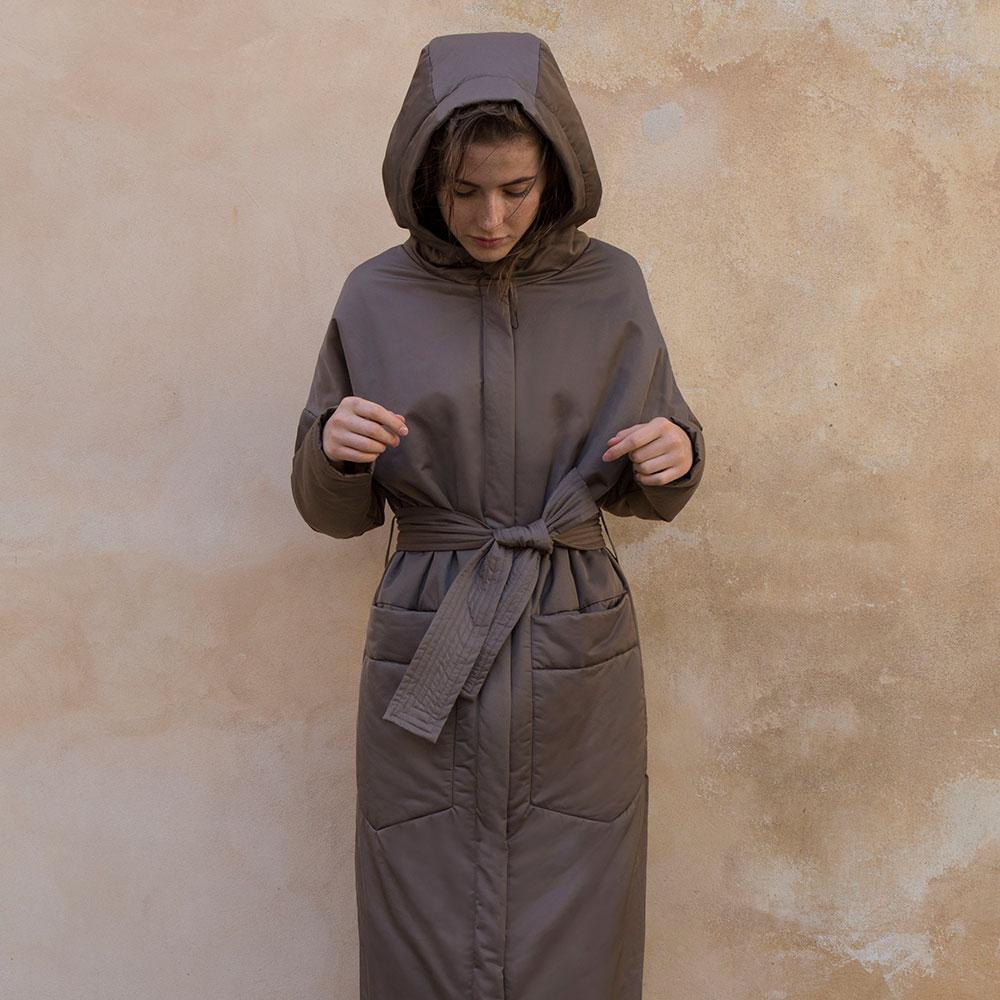 Originální dámské oblečení na míru IMRECZEOVA 1598510cc9